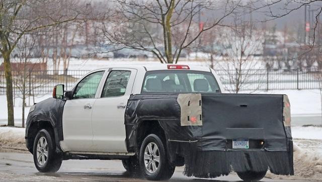 Toyota Tundra Spy Shot