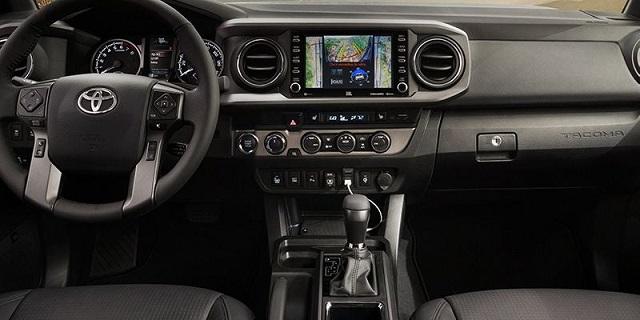 2021 Toyota Tacoma spy shots Interior