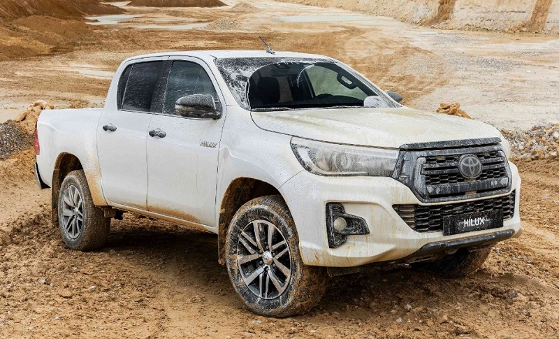 2021 Toyota Hilux Specs Main